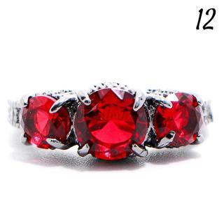 P1 リング 12号 人工石 ルビー 3粒 ブラックゴールド(リング(指輪))