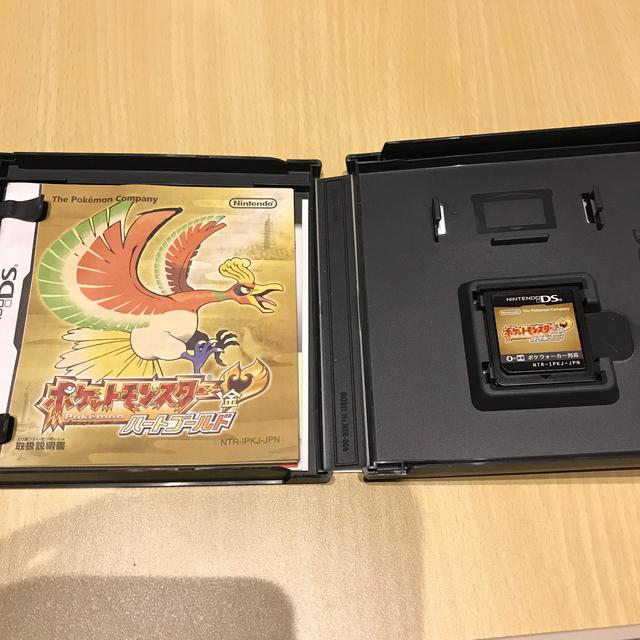 ニンテンドーDS(ニンテンドーDS)のポケットモンスター ハートゴールド エンタメ/ホビーのゲームソフト/ゲーム機本体(携帯用ゲームソフト)の商品写真