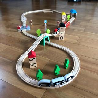 IKEA - IKEA 木のおもちゃ 木製レール 列車 セット