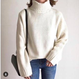 GU - 新品 未使用 GU  ローゲージタートルネックセーター