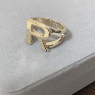 イニシャル  ♡ R  リング(リング(指輪))