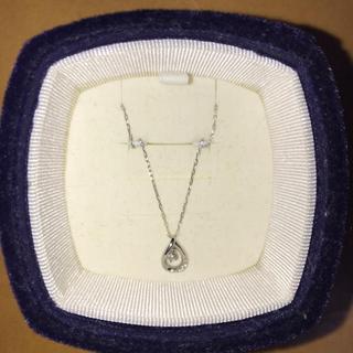 4℃ - 4℃ K10ホワイトゴールド ティアドロップ ダイヤモンド ネックレス