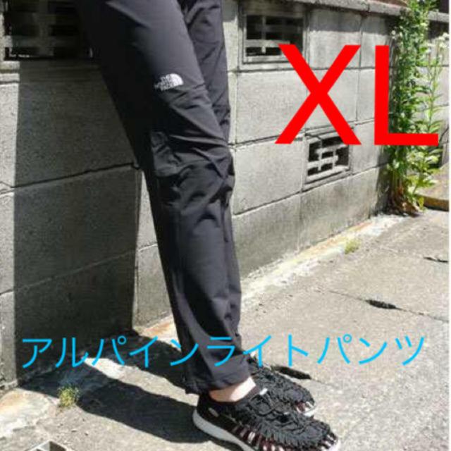 THE NORTH FACE(ザノースフェイス)のXL 黒 アルパインライトパンツ NT52927 ノースフェイス NORTH メンズのパンツ(ワークパンツ/カーゴパンツ)の商品写真