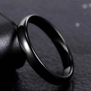 4mmラウンドリング ブラック ステンレス甲丸リング(リング(指輪))