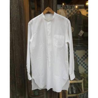 COMOLI - comoli ノーカラーシャツ バンドカラーシャツ