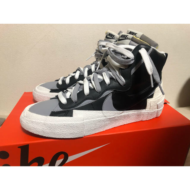 sacai(サカイ)のnike sacai blazer black us10 28cm メンズの靴/シューズ(スニーカー)の商品写真