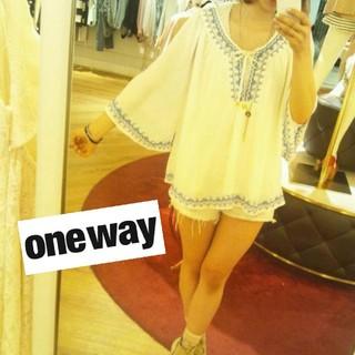 one*way - one way シフォン チュニック 刺繍 ブルー レディース トップス 白