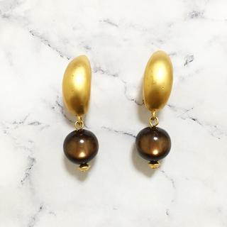 H.P.FRANCE - Vintage * mat gold brown pearl earring
