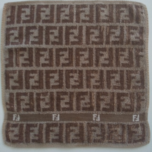 FENDI(フェンディ)のFENDIフェンディ ミニタオルハンカチ レディースのファッション小物(ハンカチ)の商品写真