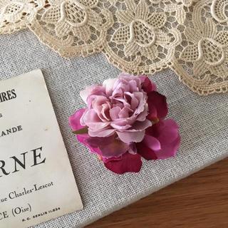 ローズピンクバラとワインパープル紫陽花のコサージュ(コサージュ/ブローチ)