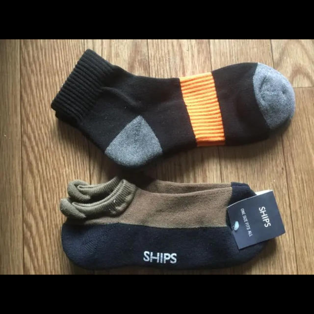 SHIPS(シップス)の★新品未使用★SHIPSの靴下とセレクトの靴下★ メンズのレッグウェア(ソックス)の商品写真