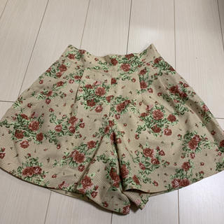 L'EST ROSE - レストローズ 花柄チェック キュロット