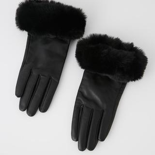 リエンダ(rienda)の新品・未使用⭐︎送料込み!rienda⭐︎ラムレザーグローブ(手袋)