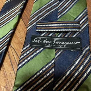 Salvatore Ferragamo - 美品 フェラガモ ネクタイ