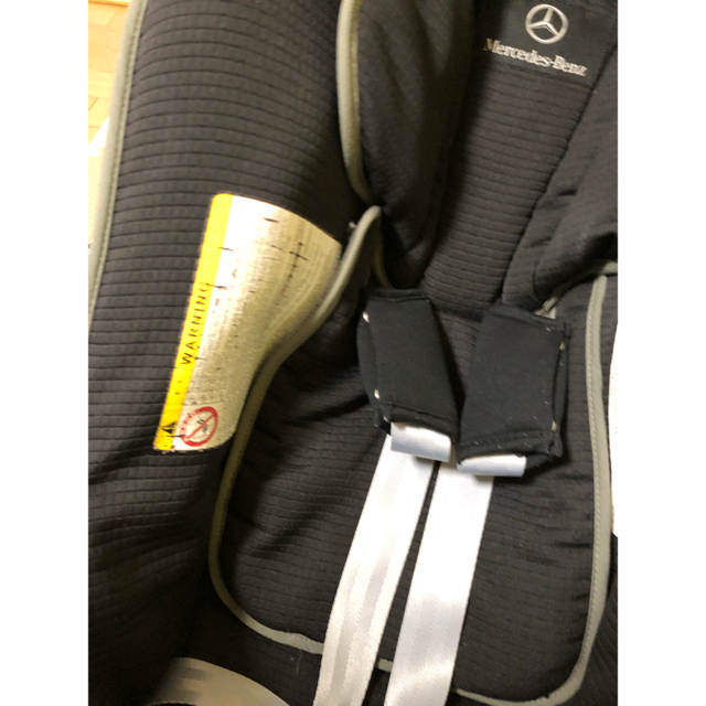 combi(コンビ)のチャイルドシート ベンツ 新生児 キッズ/ベビー/マタニティの外出/移動用品(自動車用チャイルドシート本体)の商品写真