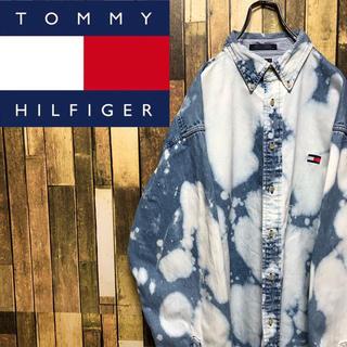 TOMMY HILFIGER - 【激レア】トミーヒルフィガー☆ブリーチ加工フラッグ刺繍ビッグデニムシャツ 90s