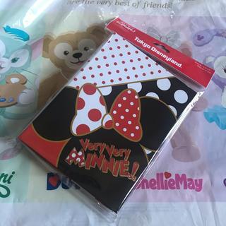 ミニーマウス - 新品 ベリーベリーミニー   ポストカードホルダー 16枚セット
