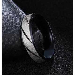シルバーカラーのフロストトリング (ブラック)  サイズ:25号(リング(指輪))