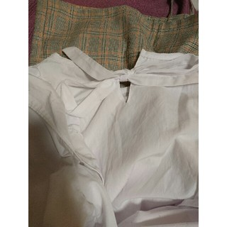 Lochie - frill blouse