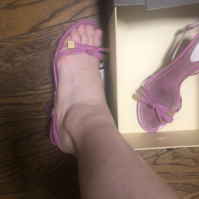 LOUIS VUITTON(ルイヴィトン)のLV❤️ピンクパープルミュール レディースの靴/シューズ(ミュール)の商品写真