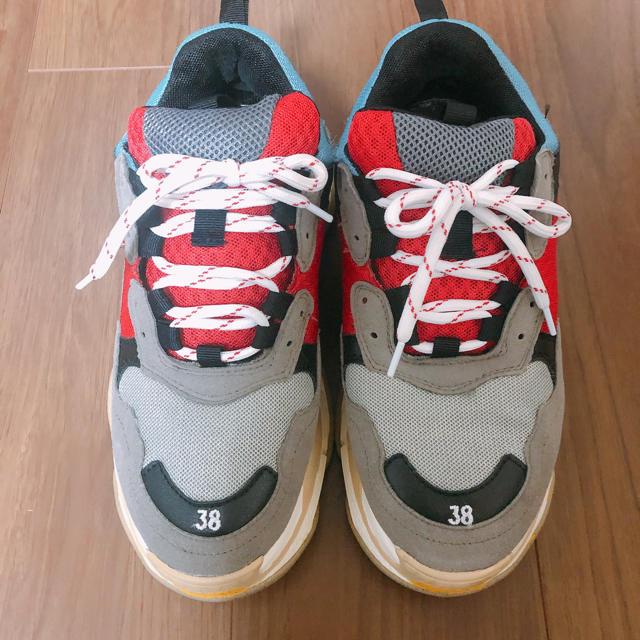 早い者勝ち!激安 スニーカー シュプリーム BALENCIAGA PRADA レディースの靴/シューズ(スニーカー)の商品写真