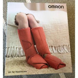 OMRON - [送料無料] OMRON エアマッサージャ HM-261-BW
