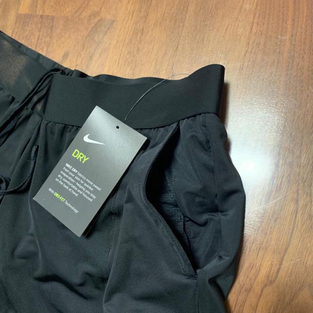 NIKE(ナイキ)のNIKE ナイキ ショートパンツ Sサイズやや大きめ レディースのパンツ(ショートパンツ)の商品写真