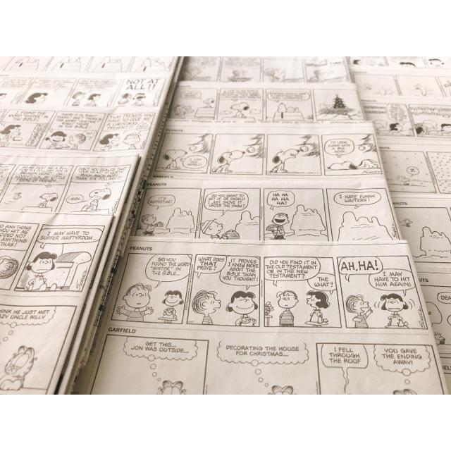 SNOOPY(スヌーピー)のスヌーピー 4コマ漫画 新聞記事30枚セット エンタメ/ホビーのコレクション(印刷物)の商品写真