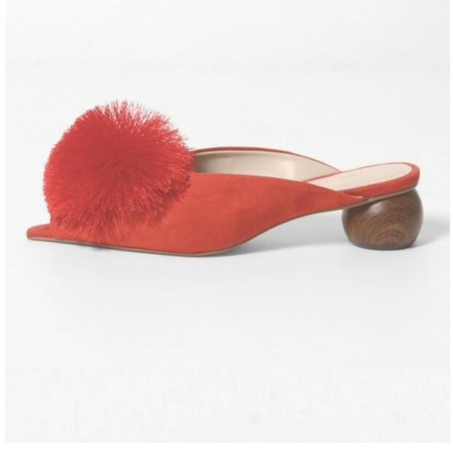 GRACE CONTINENTAL(グレースコンチネンタル)の新品 グレースコンチネンタル ポンポンサンダル レディースの靴/シューズ(サンダル)の商品写真