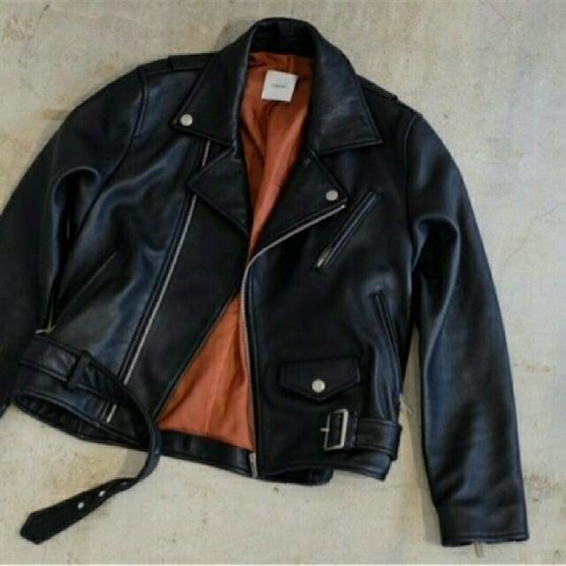 Ameri VINTAGE(アメリヴィンテージ)のAmerivintage リアルレザーライダースジャケット レディースのジャケット/アウター(ライダースジャケット)の商品写真