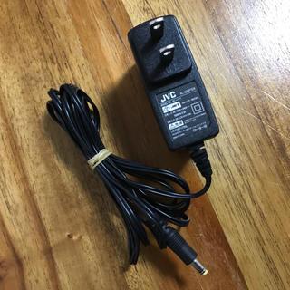 ビクター(Victor)のビクター ビデオカメラ用 ACアダプター AC-V11 送料無料(ビデオカメラ)