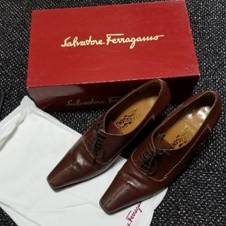 Salvatore Ferragamo - サルバトーレフェラガモ7cmヒール茶色