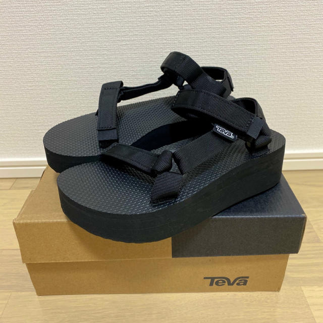 Teva(テバ)の厚底スポーツサンダル Teva レディースの靴/シューズ(サンダル)の商品写真