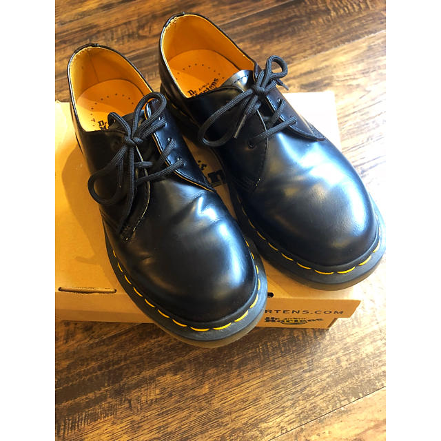 Dr.Martens(ドクターマーチン)のDrマーチン 3ホール レディースの靴/シューズ(ローファー/革靴)の商品写真