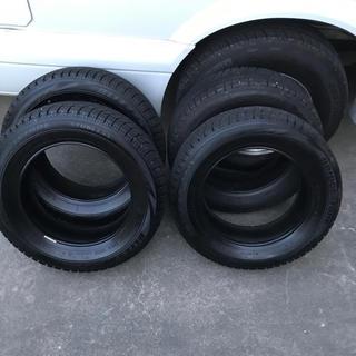 ブリヂストン(BRIDGESTONE)の一回使用したのみ!ブリザックスタッドレスタイヤ175/65/14(タイヤ)