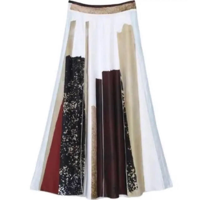 Ameri VINTAGE(アメリヴィンテージ)の本日限定価格 田中みな実着用 今季新品タグ付き FUDE ART SKIRT レディースのスカート(ロングスカート)の商品写真