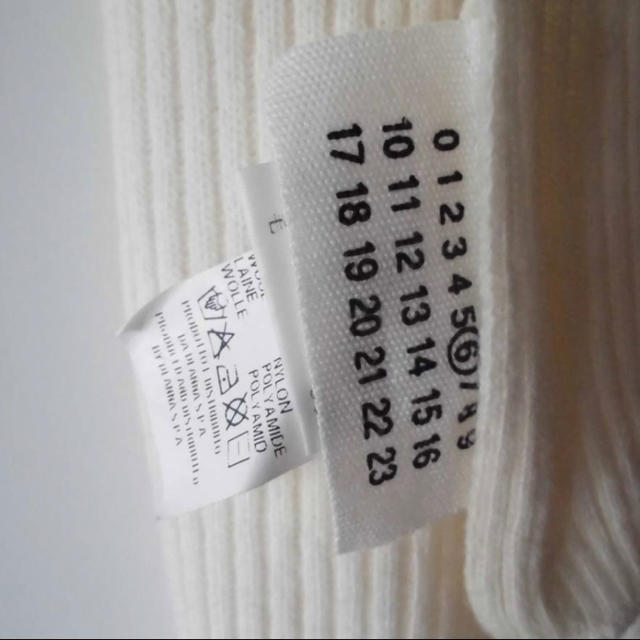 Maison Martin Margiela(マルタンマルジェラ)のMM6 マルタンマルジェラ マフラー オフホワイト レディースのファッション小物(マフラー/ショール)の商品写真