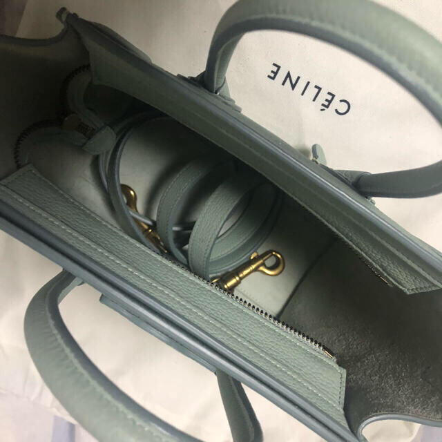 celine(セリーヌ)のセリーヌ  ラゲージナノ 限定色 レディースのバッグ(ハンドバッグ)の商品写真