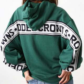 RODEO CROWNS - RODEO CROWNS WIDE BOWL👑ロゴニット ドッキング パーカー
