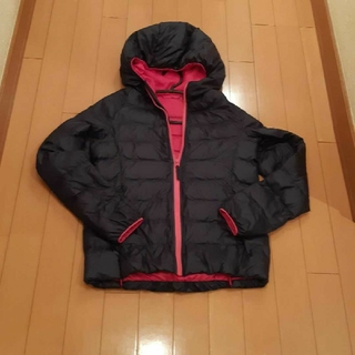 ユニクロ(UNIQLO)のユニクロUNIQLO ダウンコート 紺ネイビー×ピンク150サイズ(ダウンコート)