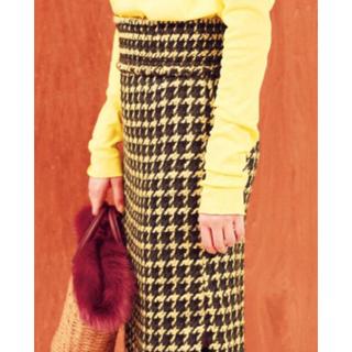 《新品タグ付き》ミラオーウェン シャーリングベルト付き千鳥タイトスカート