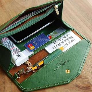 大人気!オシャレに収納♪スマホも入る 多機能マルチケース グリーン(財布)