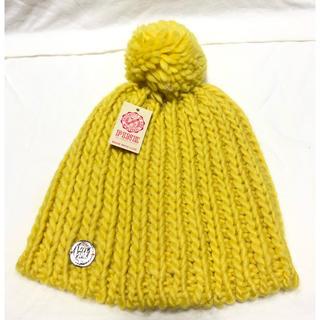 ヴィクトリアズシークレット(Victoria's Secret)の★Victoria's Secret PINKニット帽★(ニット帽/ビーニー)