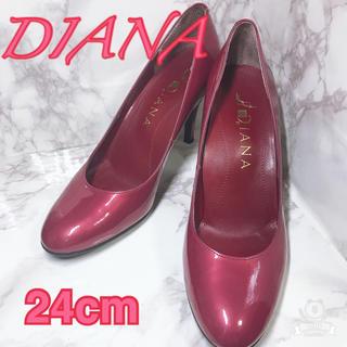 ダイアナ(DIANA)の【美品】DIANA パンプス 24cm 赤 ローズレッド(ハイヒール/パンプス)