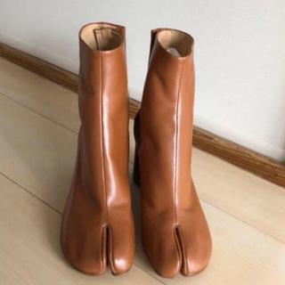 マルタンマルジェラ(Maison Martin Margiela)のマルジェラ Margiela 足袋ブーツ ブラウン(ブーツ)
