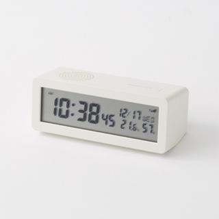 MUJI (無印良品) - 新品 無印良品  デジタル電波時計(大音量アラーム機能付)  置時計・ホワイト