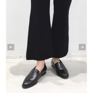 アパルトモンドゥーズィエムクラス(L'Appartement DEUXIEME CLASSE)のFLATTERED/フラッタード FLAT SHOES(ローファー/革靴)
