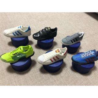 アディダス(adidas)のアディダス  コカコーラ ペットボトルキャップ(その他)