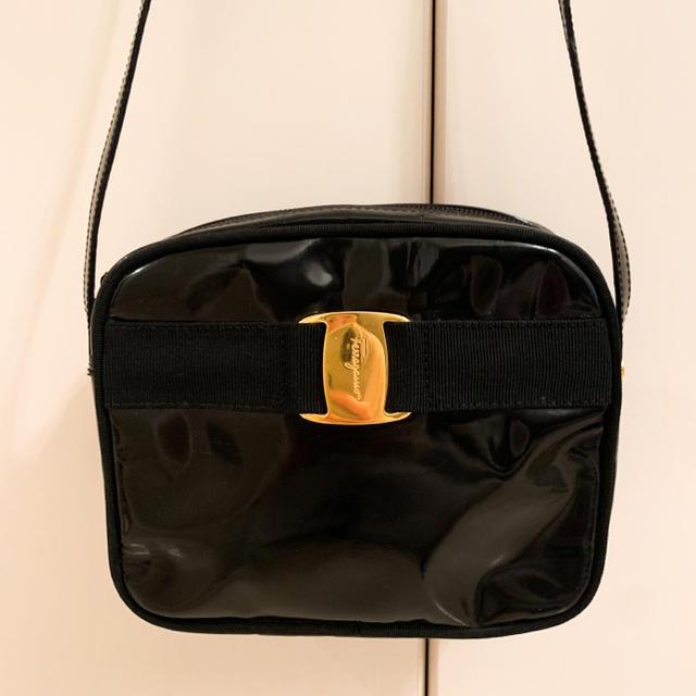Ferragamo(フェラガモ)のフェラガモ◆ヴァラ◆ショルダーバッグ レディースのバッグ(ショルダーバッグ)の商品写真