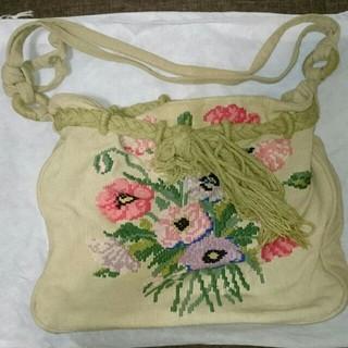 アッシュペーフランス(H.P.FRANCE)の【Antonello】刺繍 ショルダーバッグ(ショルダーバッグ)